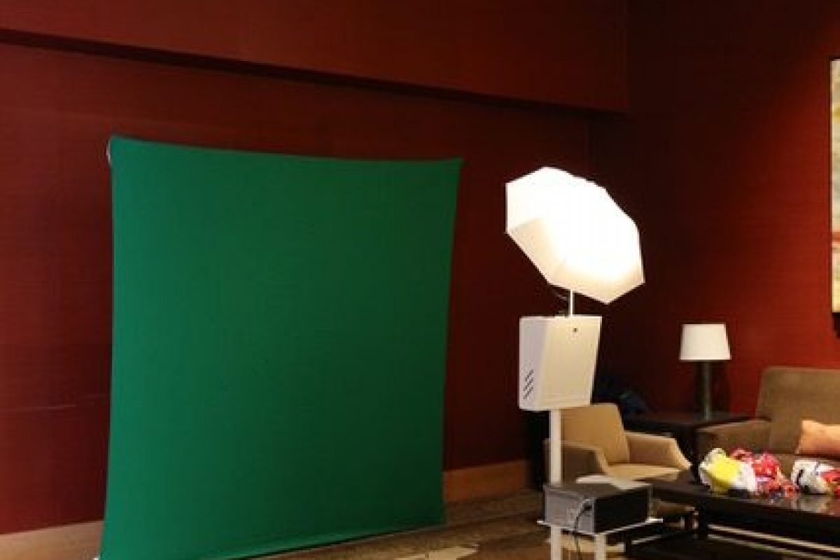 Stand-Alone Green Screens / Fixed Back Drops